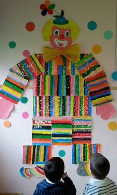 Theme Carnaval, Circus Crafts, Clown Crafts, Used Cardboard Boxes, Diy And Crafts, Crafts For Kids, Collaborative Art, Winter Kids, Decorating On A Budget