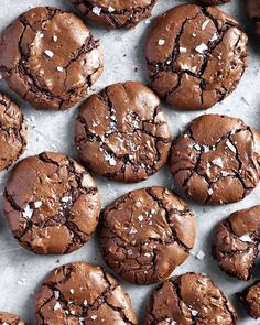 The BEST salted brownie cookies! With shiny, crackled tops and rich, fudgy centers, these are the ultimate brownie cookies for chocolate lovers. Cake Mix Cookie Recipes, Cake Mix Cookies, Cookies Et Biscuits, Brownie Recipes, Dessert Recipes, Cool Cookies, Crinkle Cookies, Sea Salt Brownie Recipe, Salted Cookies Recipe