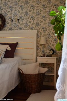 Beskrivning finns på www. Cosy Interior, Decor Interior Design, Interior Design Living Room, Home Bedroom, Bedroom Decor, House Rooms, My Room, Interior Inspiration, Sweet Home