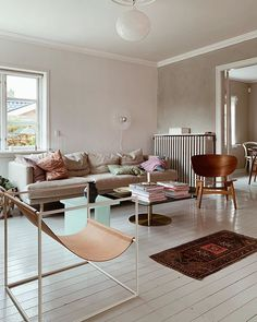 LOUiSE • Denmark (@mortilmernee) • Instagram photos and videos White Painted Floors, White Paints, Dining Chairs, Flooring, Living Room, Interior, Denmark, Furniture, Instagram