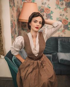 Vintage Outfits, Vintage Dresses, Vintage Fashion, Modern Victorian Fashion, Pretty Outfits, Cool Outfits, Idda Van Munster, Look Retro, Vintage Mode