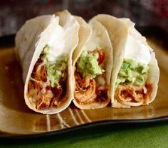 Crockpot Chicken Tacos | Healthy Crock Pot Recipes (Use low carb tortillas)