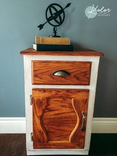 Nightstand, Creations, Table, Furniture, Home Decor, Atelier, Homemade Home Decor, Bedside Desk, Decoration Home