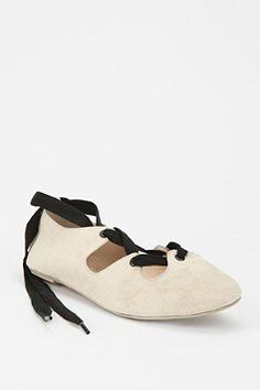 Deena & Ozzy Woven Lace-Up Flat