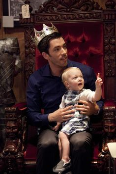 King Drew and His Apprentice - HGTV's Property Brothers Bring the Fun to Home Reno on HGTV
