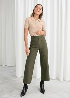 High Waisted Twill Pants - Khaki - Wide Trousers - & Other Stories Workwear Fashion, Fashion Outfits, Fashion Trends, Skirt Fashion, Fashion Tips For Women, Womens Fashion, Retro Fashion, Fashion Edgy, Office Fashion