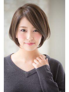 【joemi】大人タンバルモリセミウェットボブグレージュ(小倉太郎 - 24時間いつでもWEB予約OK!ヘアスタイル10万点以上掲載!お気に入りの髪型、人気のヘアスタイルを探すならKirei Style[キレイスタイル]で。