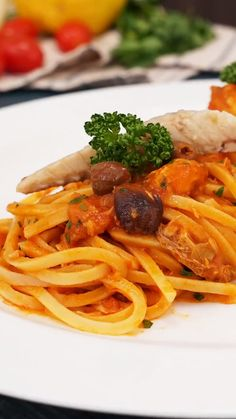 Pasta Al Pomodoro, Paste Recipe, Tasty Videos, Summer Dishes, Food Obsession, Spinach Stuffed Chicken, I Love Food, Pasta Dishes, Gourmet