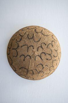 // Vintage Yanomami Basket no.3   QUITOKEETO