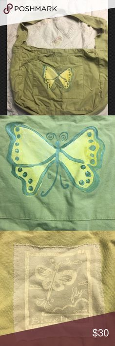 "Blue Fish handmade/stamped cotton artsy totebag Collectible pre-owned tote/purse made by Jennifer Barlcay of Blue Fish located in Frenchtown, New Jersey. It is sage green organic cotton and has a hand stamped butterfly and logo patch applied. Measures about 13"" X 17"" plus! Missing the button but any large button can be sewn on! I used this as a beach bag! Totally hand washable mild detergent. from the early 1990's, has been in storage! I have found this little gem and several other pieces I…"