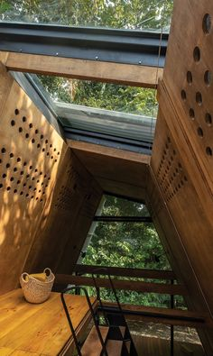 Prefabricated Huaira cabin nestles within verdant farmland in Ecuador Tiny House Cabin, Tiny House Living, Tiny House Plans, Innovative Architecture, Architecture Student, Merida, Small Buildings, Small Houses, Wooden Cabins