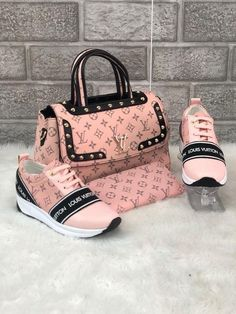 37 Colorful Shoes To Look Cool - ❤Louis Vuitton - Bag Louis Vuitton Sneakers, Louis Vuitton Handbags, Purses And Handbags, Pink Louis Vuitton Bag, Gucci Purses, Replica Handbags, Gucci Handbags, Tote Handbags, Cute Shoes