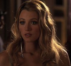 Find images and videos about girl, gossip girl and blake lively on We Heart It - the app to get lost in what you love. Gossip Girl Blair, Vanessa Gossip Girl, Prada Marfa Gossip Girl, Moda Gossip Girl, Gossip Girl Serena, Estilo Gossip Girl, Blake Lively Gossip Girl, Gossip Girls, Dan Humphrey