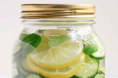 Agua Aceleradora del metabolismo: QUEMA-GRASA