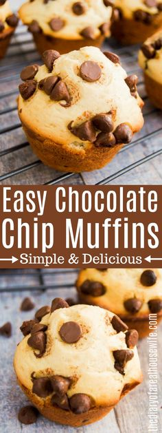 Chocolate Chip MuffinsSo easy to make and so good! Chocolate Chip Muffins This non-alcoholic Butterbeer will be a fan favorite. Chocolate Chip Cookies, Homemade Chocolate Chip Muffins, Homemade Muffins, Chocolate Chip Recipes, Healthy Chocolate, Chocolate Chip Bread, Muffins Sains, Simple Muffin Recipe, Snacks Sains