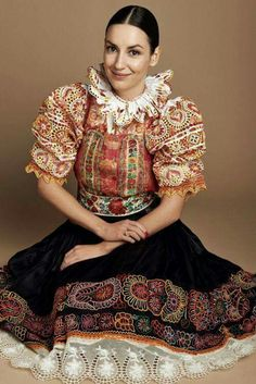 Popular Folk Embroidery The costume of Povazie area in Slovakia is so heavily embroidered that the shirt cloth is barely visible - Folk Embroidery, Beginner Embroidery, Embroidery Ideas, Floral Embroidery, Costumes Around The World, Bohemian Blouses, Group Costumes, Textiles, Folk Costume