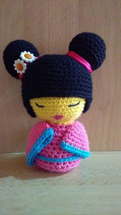 Versión de Hanako, por Maria Isabel Gilabert Crochet Hats, Beanie, Street, Amigurumi, Patterns, Knitting Hats, Beanies, Beret