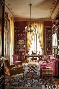Tour A Charming Paris Home - Left Bank Paris