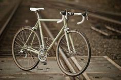 Strada Bianca by Hampsten - Custom steel & Ti bikes made in Seattle