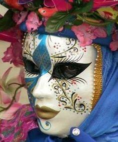 Carnaval de Veneza e suas máscaras.   Viaje no Detalhe