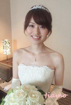綺麗めナチュラルアップからサイドダウン♡美人花嫁さまの素敵な一日 の画像|大人可愛いブライダルヘアメイク 『tiamo』 の結婚カタログ