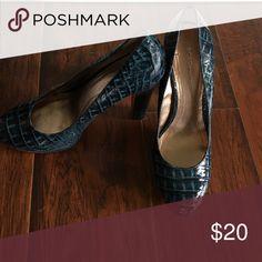 BCBG snakeskin shoes Greenish blue snake skin platforms BCBG Shoes Platforms