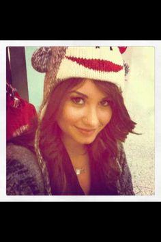 She's so cute! :) <3 omg i have the same hat
