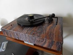Diy Turntable, Audiophile Turntable, High End Hifi, High End Audio, High End Turntables, Tape Recorder, Record Players, Vintage Records, Office Setup