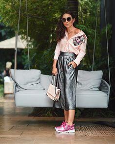 """3,697 curtidas, 27 comentários - Lalá Noleto (@lalanoleto) no Instagram: """"SPFW Dia 2: De look total @patbooficial bolsa @animalebrasil Tenis @olympikus e óculos Dior para…"""""""