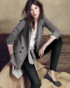 Grey blazer, white top, black trousers n computer scarf
