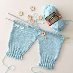 Best 12 Panty for Baby newborn babyclothes crochet knitting freepattern crochetpattern Baby Dungarees Pattern, Baby Pants Pattern, Baby Overalls, Newborn Crochet Patterns, Baby Patterns, Sweater Knitting Patterns, Toddler Boy Outfits, Baby Outfits, Kids Outfits