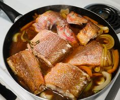 Jamaican Brown Stew Fish - Jamaican-style red snapper cooked in a sweet and spicy gravy Jamaican Cuisine, Jamaican Dishes, Jamaican Recipes, Fish Recipes, Seafood Recipes, Vegetarian Recipes, Cooking Recipes, What's Cooking, Gastronomia