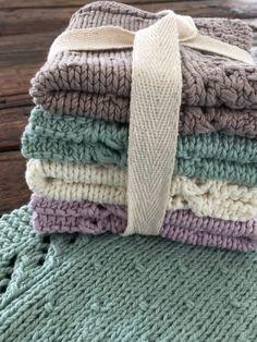 Strikket karklud - FiftyFabulous Knitted Washcloths, Knit Dishcloth, Crochet Blankets, Crochet Home, Knit Crochet, Manta Crochet, So Creative, Knitting Stitches, Knit Patterns