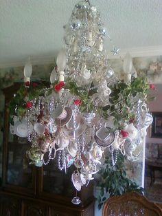 Tea cup chandelier...Alice in Wonderland.  Beautiful.