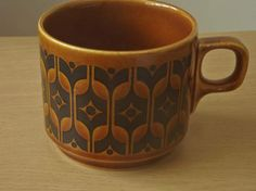 Hornsea Heirloom Brown cup