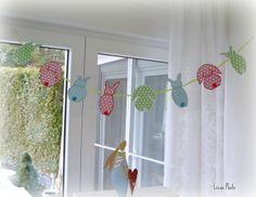 Diese Osterhasenkette aus der Zeitschrift Anna habe ich mit den Julia-Stoffen von Swafing nachgearbeitet. Wie gefällt sie euch?