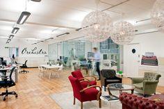 Las oficinas oscuras, húmedas y con constante eco son parte del pasado…leer + en http://plugandgo.es/#xl_xr_page_blog