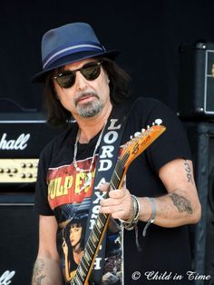 Phil Campbell, Motorhead, Interview, Bad Magic, Review