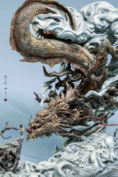 ArtStation - Fearless journey—statue, by Zhelong Xu More on RHB_RBS Chinese Dragon Art, Japanese Dragon, Japanese Art, Sculpture Images, Sculpture Art, Sculptures, Fantasy Creatures, Mythical Creatures, 3d Modelle