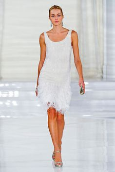 LOVE LOVE this flapper style dress.