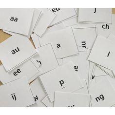 Hebbes - Letterspel ~ gratis download - #School & LeestotaalShop Dutch Language, Busy Boxes, Learning The Alphabet, Scandal Abc, Kids Education, Spelling, Curriculum, Literacy, Classroom