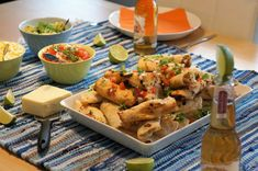Puistolan bistro: Kanatäytteiset tortillarullat Chicken, Meat, Food, Eten, Meals, Cubs, Kai, Diet