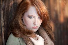 die Kombination aus grünen Augen und roten Haaren ist einfach der HAMMER!