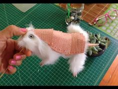 Pink Armadillo Puppet. Video tutorial. Templates no longer available on the website.