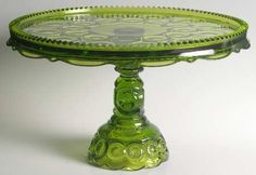 smith_glass_moon_star_green_round_cake_stand