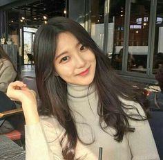 15 ideas makeup korean ulzzang korea for 2019 Ulzzang Hair, Korean Ulzzang, Korean Girl, Ulzzang Style, Ulzzang Makeup, Trendy Hairstyles, Girl Hairstyles, Korean Wavy Hair, Hair Style Korea