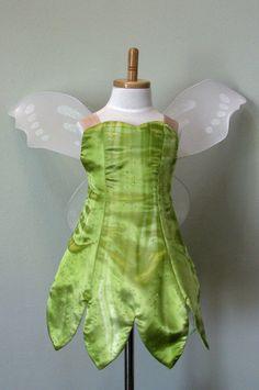 Girls Custom Made Tinkerbell Costume por NeverbugCreations en Etsy, $400,00
