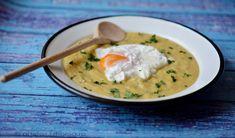 Medvehagymás csicsóka főzelék buggyantott tojással Cheeseburger Chowder, Thai Red Curry, Soup, Ethnic Recipes, Posts, Messages, Soups