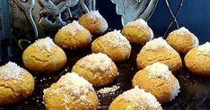 Υλικά-Εκτέλεση 150 γραμμάρια βούτυρο μαλακό, 3 αυγά, 2 νεροποτηρα καρύδα, 2 βανιλιες, 2 κουταλιές της σούπας αλεύρι, 2 κουταλιές ... Muffin, Breakfast, Blog, Recipes, Morning Coffee, Muffins, Blogging, Ripped Recipes