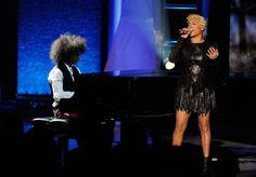 Keyshia Cole performs at BET Soul Train Awards 2012